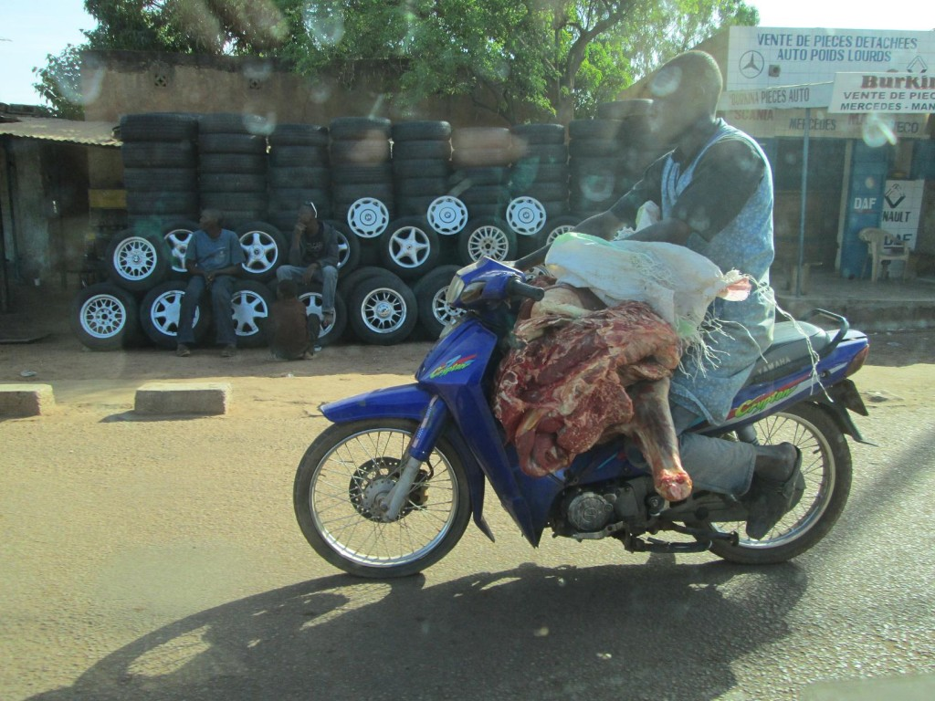 Le livreur de viande à Ouaga